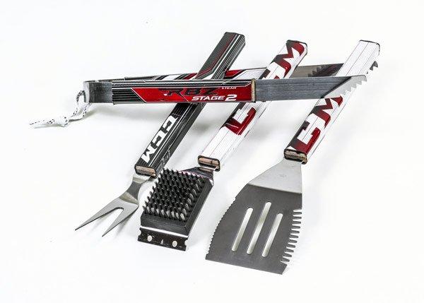 Hat Trick BBQ Turns Hockey Sticks into BBQ Tools - CrossIceHockey.com