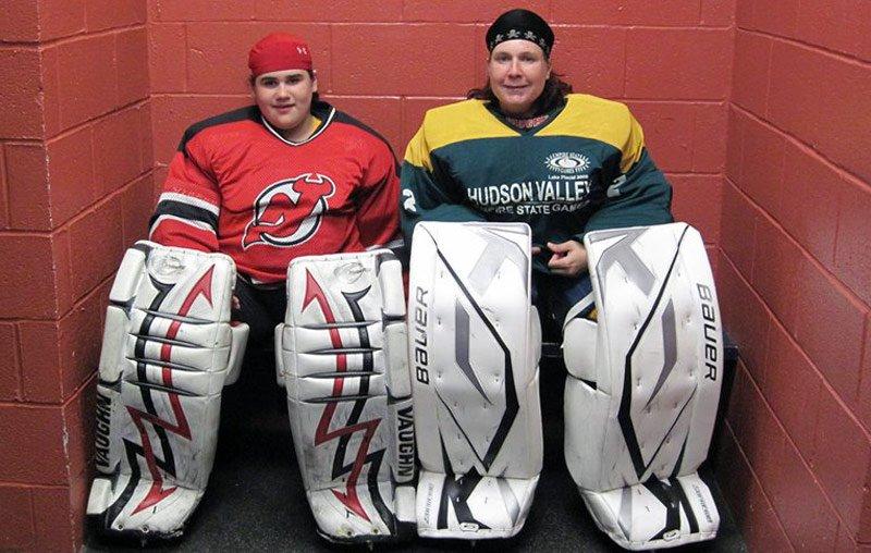 Female Goalies Tender But Tough Crossicehockey Com